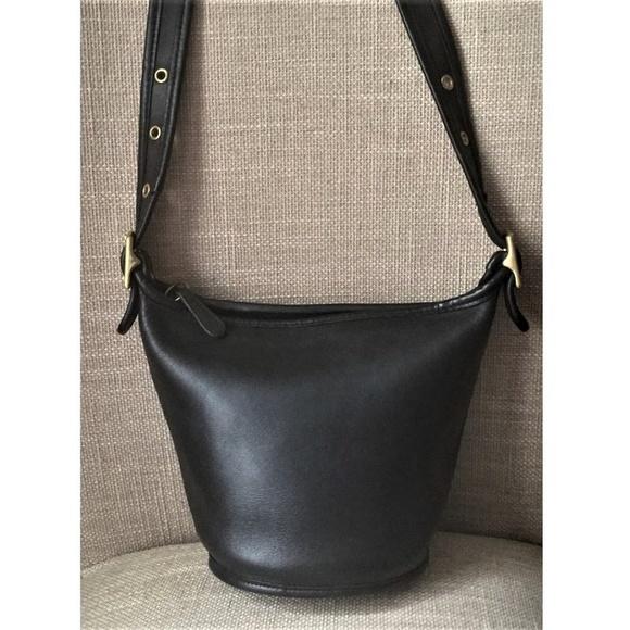 be5e6dc30e15 Coach Handbags - Vintage Coach Bucket Bag 9019 Maggie Mini Duffle